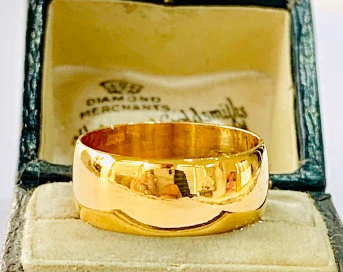 Vintage heavy 22ct gold wedding ring - hallmarked Birmingham 1990 -size O / 7