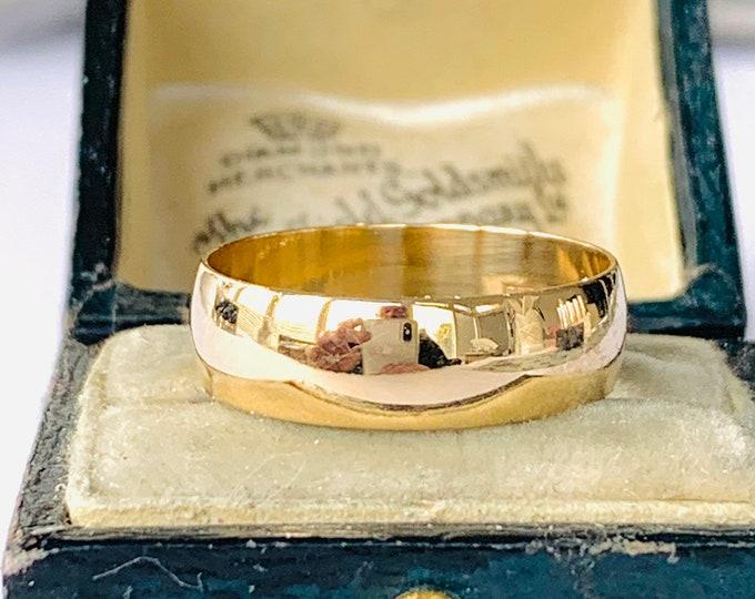 Vintage 9ct gold wedding ring - hallmarked Birmingham 1970 - size P - 7 1/2
