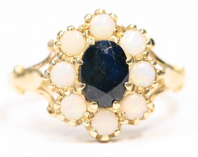 Stunning vintage 14ct yellow gold Sapphire and Opal cluster ring - fully hallmarked - size O or US 7