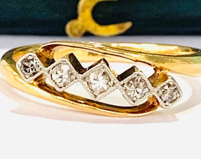 Fabulous antique Art Deco 18ct gold and Platinum Diamond engagement ring - size L - 5 1/2