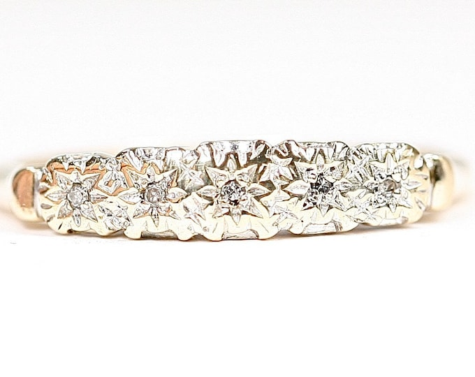 Vintage 9ct gold Diamond ring - fully hallmarked- size T or US 9 1/2