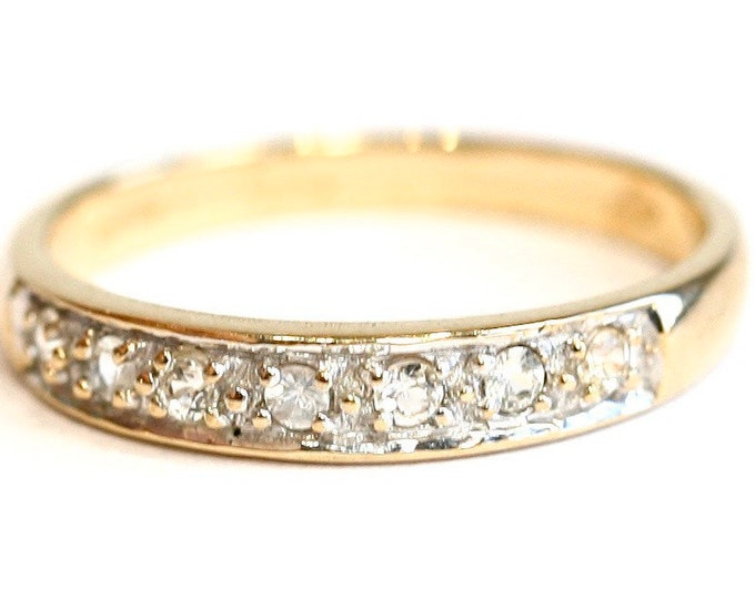 Vintage 9ct yellow gold  Cubic Zirconia half eternity ring - fully hallmarked - size N or US 6 1/2