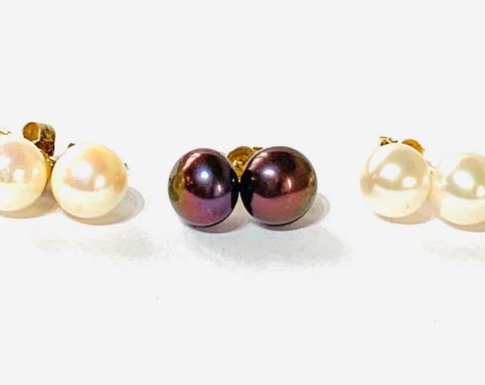 Three pairs of vintage 9ct gold Cultured Pearl stud earrings - all hallmarked