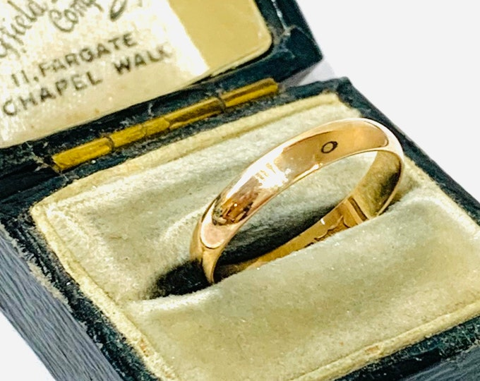 Vintage 9ct yellow gold wedding ring - hallmarked London 1991 - size M or 6