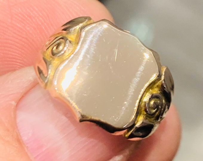 Stunning 105 year old antique 9ct rose gold shield shaped Signet or pinky ring ring - hallmarked Chester 1916 - size P or US 7.5