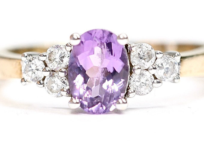 Stunning vintage 9ct gold Amethyst & Cubic Zirconia dress ring - fully hallmarked- size N or US 6 1/2