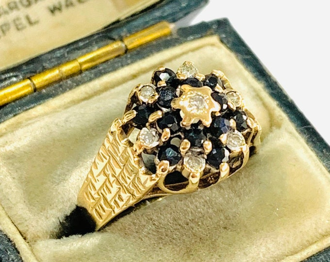 Vintage 9ct yellow gold Diamond and Sapphire cluster ring - Birmingham 1977 - size M - 6