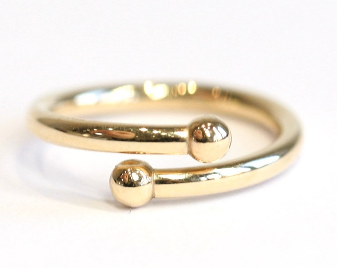 Vintage 9ct yellow gold Torque ring - sIze N or US 6 1/2 - Adjustable