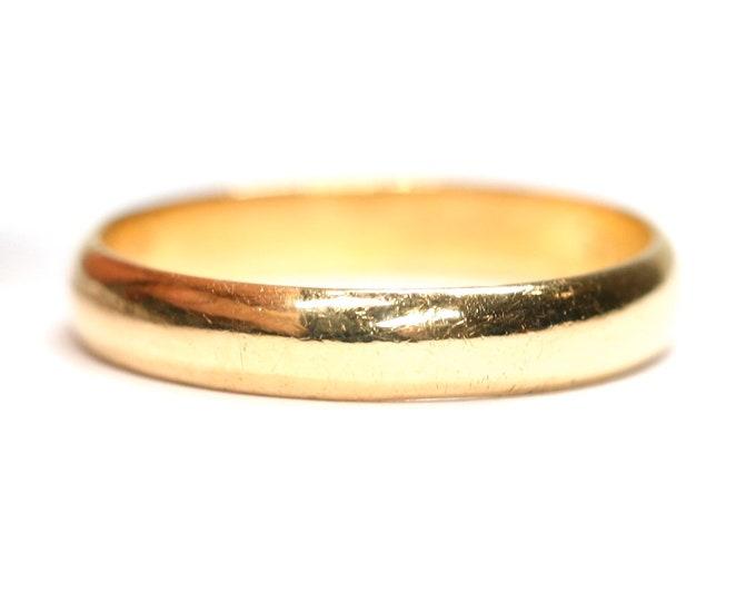 Vintage 22ct gold wedding ring - hallmarked Birmingham 1953 - size N 1/2 - 6 3/4