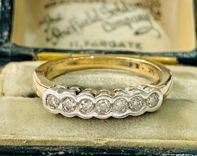 Sparkling vintage 9ct yellow and white gold 0.25 Diamond engagement / eternity ring - size J or 4 1/2