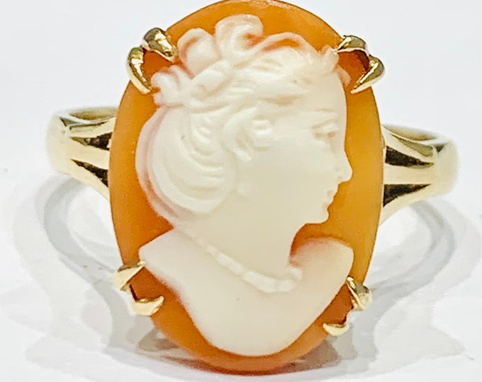 Stunning vintage 9ct yellow gold carved shell Cameo ring - hallmarked Birmingham 1989 - size O or US 7