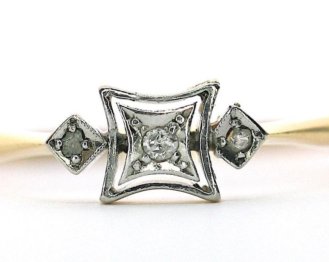 Fabulous antique Art Deco 18ct gold & platinum Diamond engagement ring - size V / 10.5 - Free resizing available