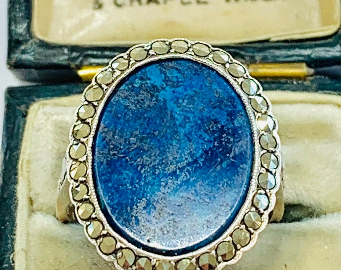 Fabulous antique 9ct gold and sterling silver Lapis Lazuli & Marcasite statement ring - size P or 7 1/2
