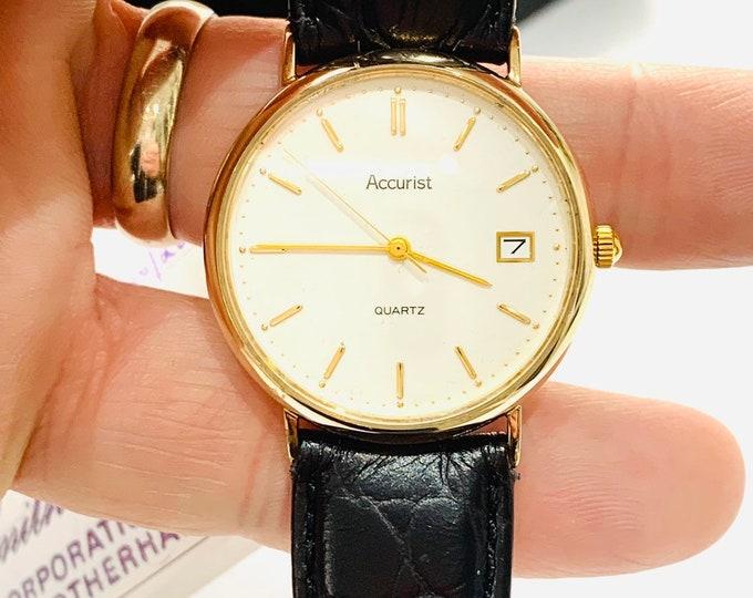 Stunning vintage 9ct gold cased fully working Accurist Quartz wristwatch in original box and receipt - hallmarked 1997