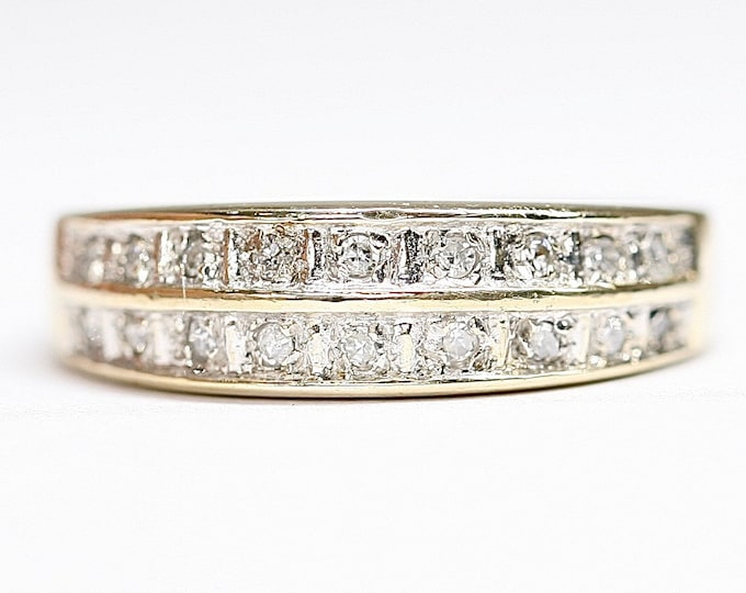 Sparkling vintage 9ct gold 2 row diamond ring - hallmarked Birmingham 1966 - size L or US 5 1/2