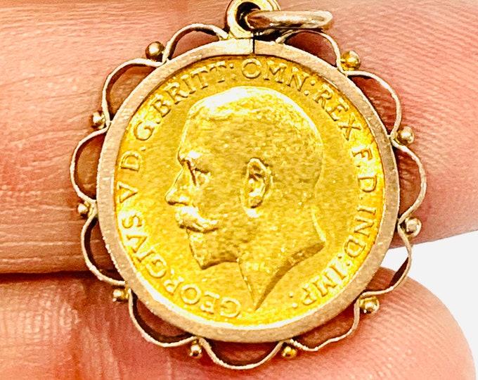 Superb antique 22ct gold King George V 1/2 Sovereign pendant - 1913