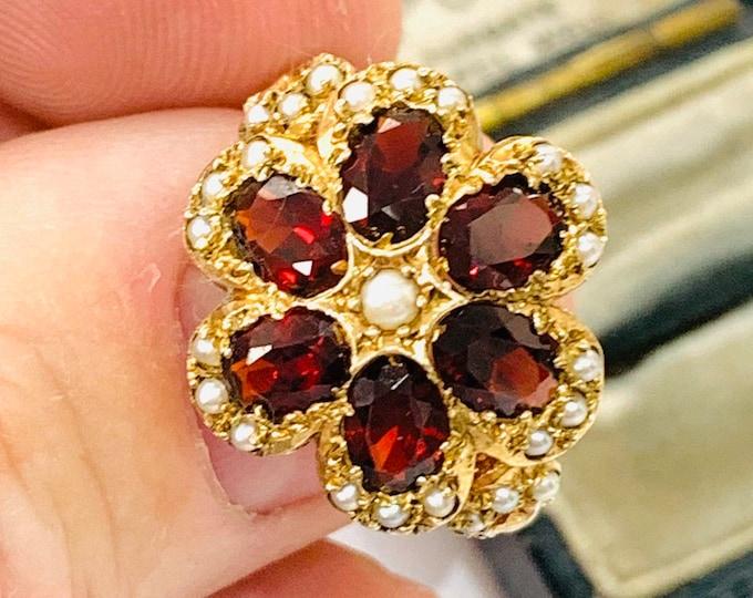Fabulous vintage 9ct yellow gold Garnet & Pearl statement ring - hallmarked London 1973 - size R - 9
