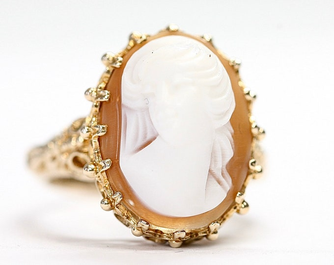 Superb ornate vintage 9ct gold Cameo ring - fully hallmarked - size K or US 5