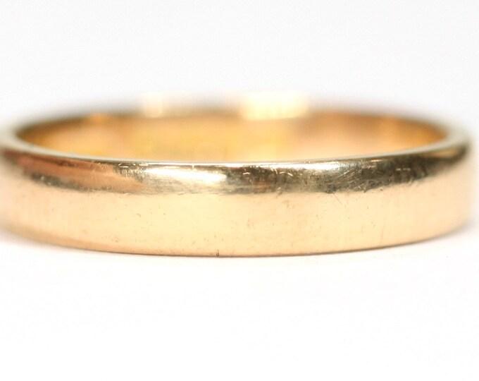 Superb antique 22ct gold wedding ring - hallmarked Birmingham 1928 - size O or US 7