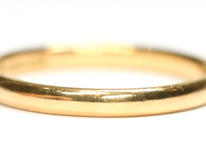 Antique 22ct gold wedding ring - hallmarked Birmingham 1948 - size P - 7 1/2