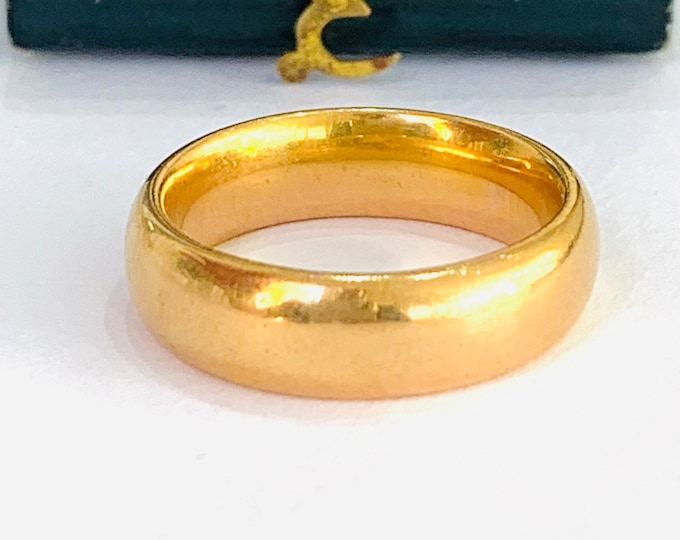 Superb heavy antique 22ct gold wedding ring - hallmarked Birmingham 1924 - size L - 5 1/2