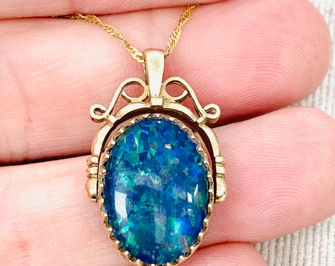 Stunning vintage 9ct yellow gold Opal and Bloodstone spinning fob pendant - fully hallmarked