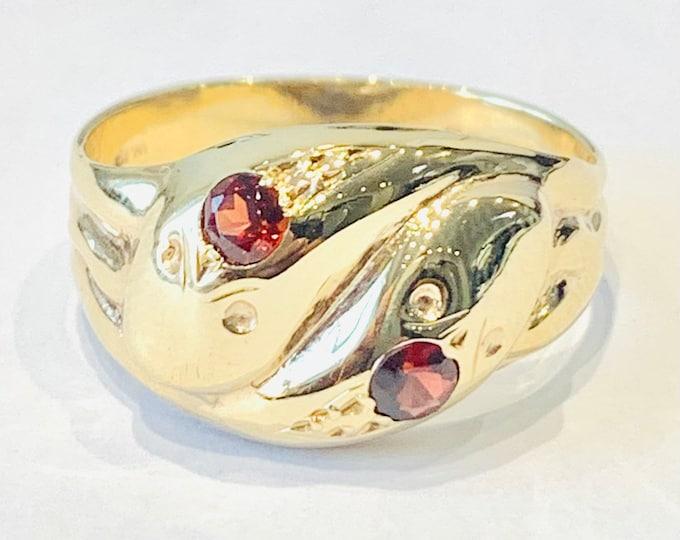Superb vintage 9ct yellow gold Garnet snake ring - hallmarked Birmingham 1963 - size W or US 11