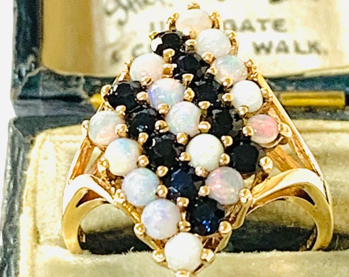 Superb vintage 9ct gold Opal and Sapphire statement ring - Birmingham 1975 - size Q or 8