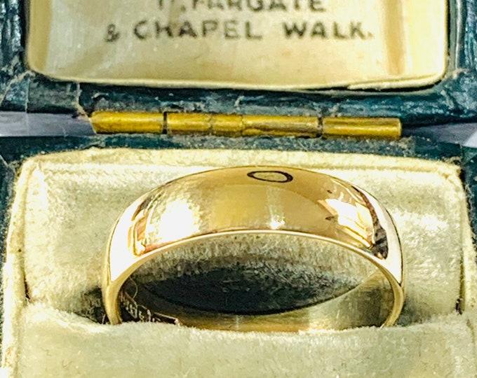 Vintage 9ct yellow gold wedding ring - hallmarked London 1981 - size N - 6 1/2