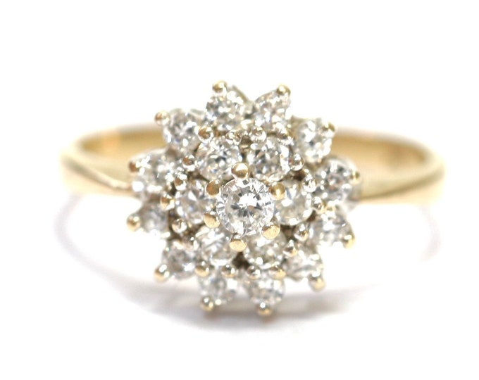 Stunning sparkling vintage 9ct yellow gold Cubic Zirconia cluster ring - size J or US 5
