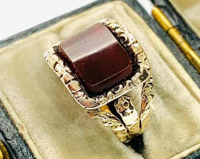 Stunning antique 198 year old Georgian 15ct gold Carnelian mourning ring - inscribed 1821 - size J - 5 1/4