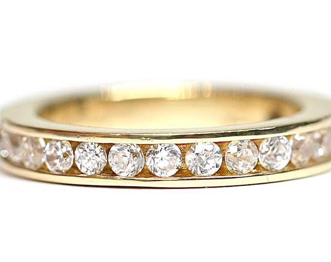 Stunning sparkling vintage 9ct gold full eternity Cubic Zirconia ring - fully hallmarked - size i or US 4 1/2