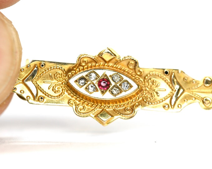 Superb antique 9ct gold Ruby and Diamond brooch - stamped 9ct