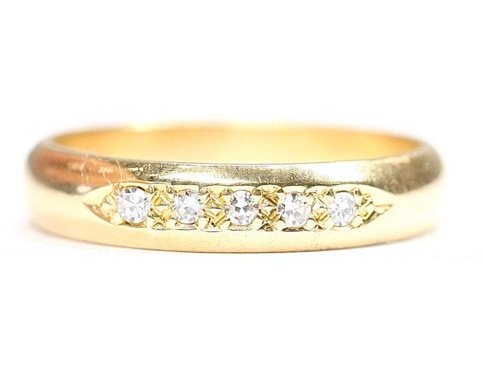 Beautiful vintage 18ct gold Diamond ring / wedding / eternity ring - hallmarked Birmingham 1995 - size M or US 6