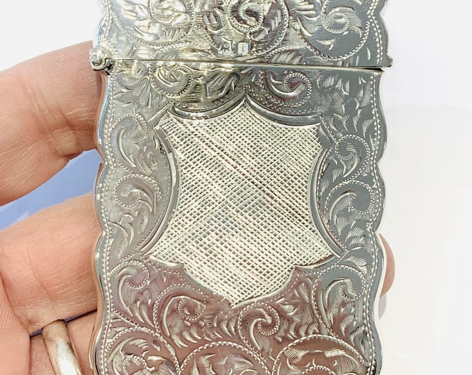 Beautifully engraved antique Edwardian sterling silver ladies card case - hallmarked Birmingham 1908 - Joseph Gloster & Sons