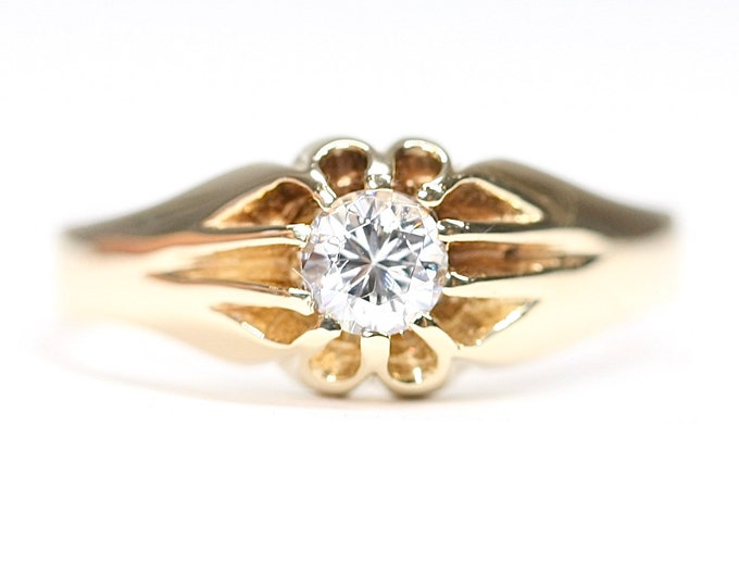 Superb sparkling vintage 9ct yellow gold Gypsy ring with Cubic Zirconia - fully hallmarked - size V or US 10 1/2