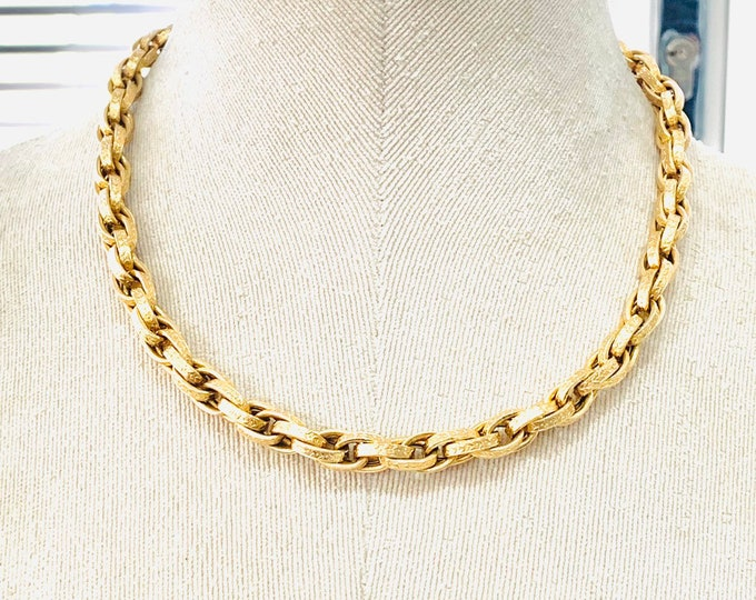 Stunning heavy vintage 9ct yellow gold 18 inch fancy link chain - fully hallmarked