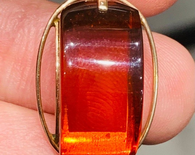 Russian gold - stunning 14ct rose gold Amber pendant - Russian hallmarks