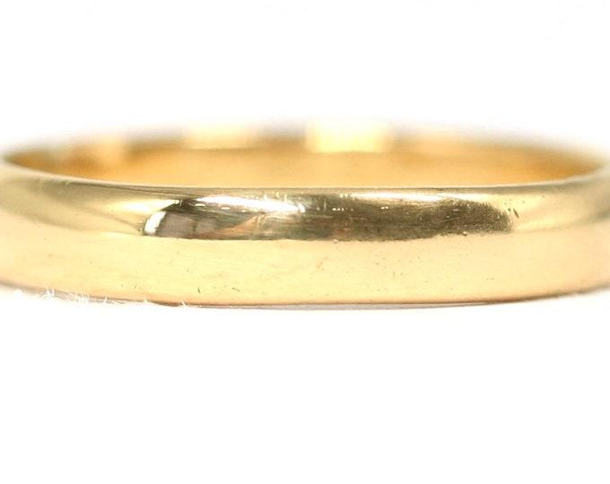 Vintage 22ct gold wedding ring - hallmarked Birmingham 1960 - size O or US 7