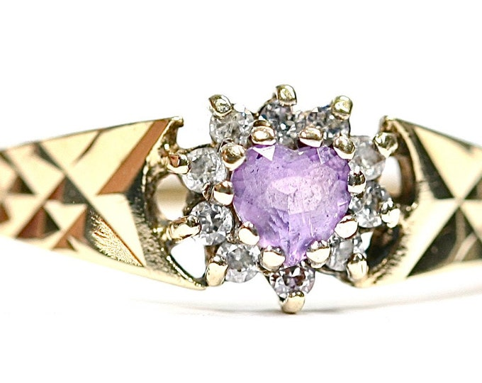 Vintage 9ct yellow gold Amethyst and Cubic Zirconia ring - hallmarked Birmingham 1991 - size Q or US 8