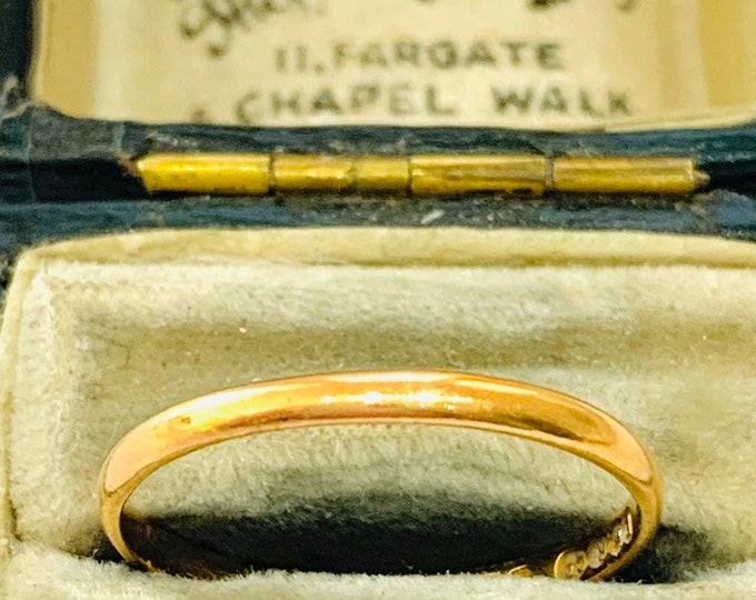 Antique 22ct gold wedding ring - hallmarked Birmingham 1924 - size P - 7 1/2