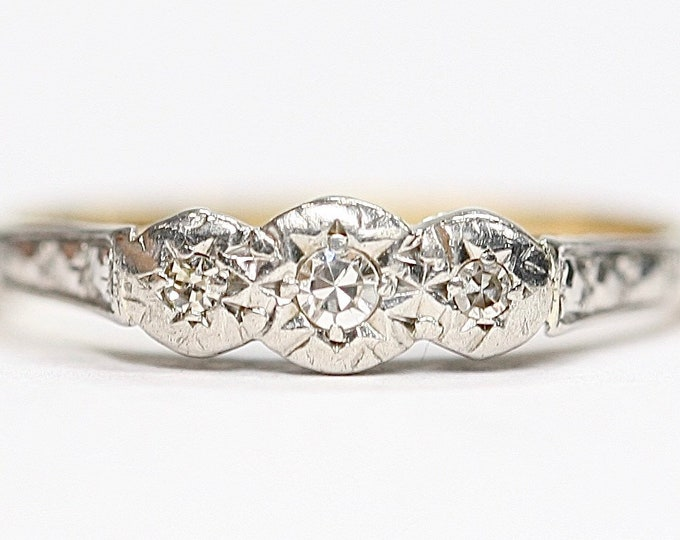 Antique 18ct gold and Platinum Diamond ring / engagement ring - size K or US 5 1/4
