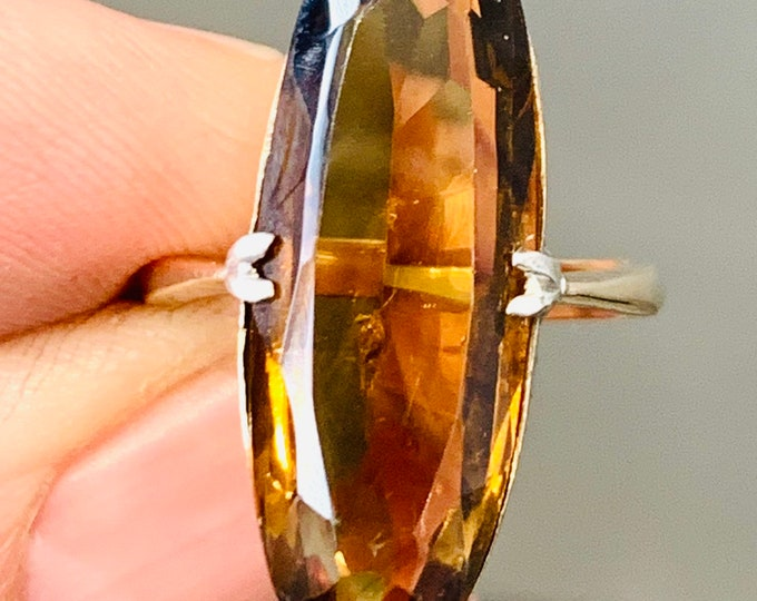 Superb vintage 9ct yellow gold Smokey Quartz ring - size N or US 6 1/2