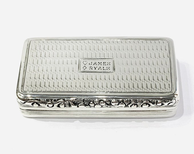 Superb antique 187 year old Georgian sterling silver snuff box - made by Edward Smith in Birmingham 1832