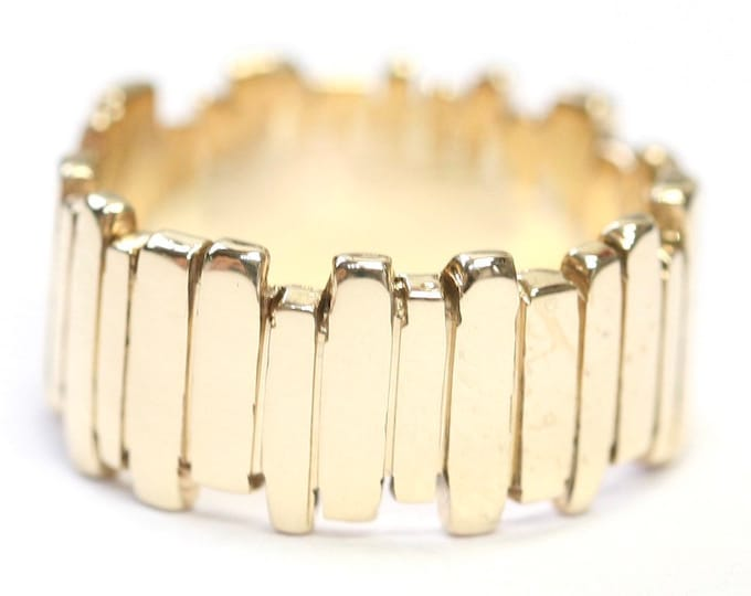 Stunning heavy vintage 9ct yellow gold statement ring - fully hallmarked - size O or US 7
