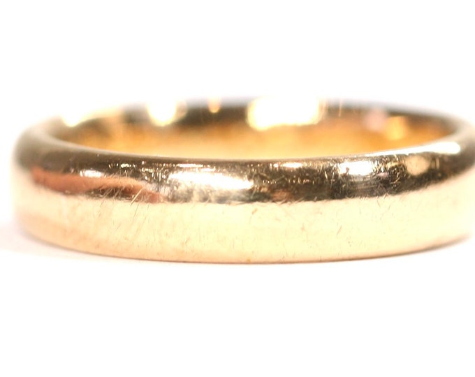 Stunning heavy antique 22ct gold wedding ring - hallmarked Birmingham 1915 - engraved - size L or US 5 1/2