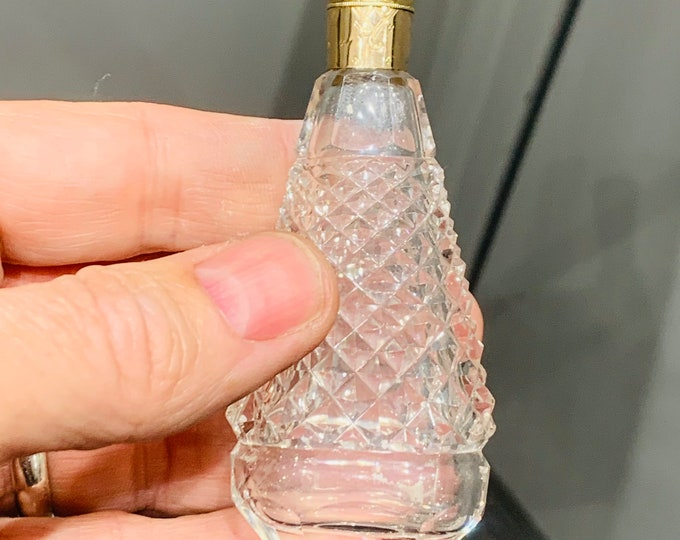 Superb antique Victorian Dutch 14ct gold topped cut glass scent bottle dated 1852 - 1906