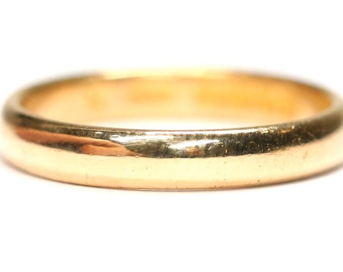 Antique 22ct gold wedding ring - hallmarked Birmingham 1928 - size N or US 6 1/2