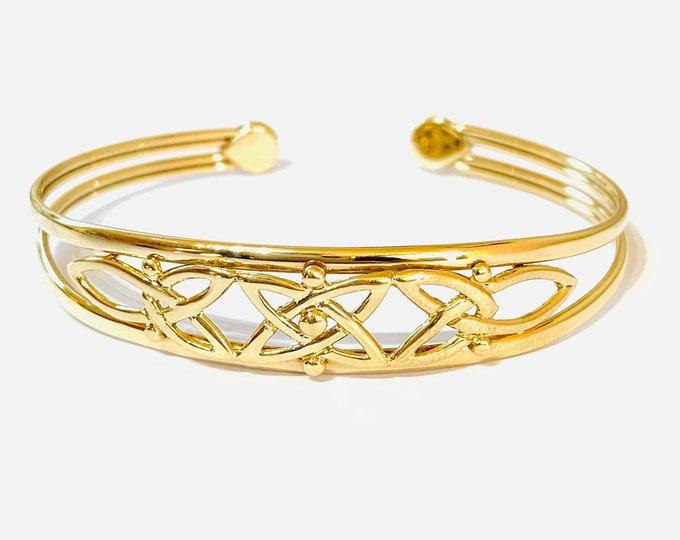 Stunning vintage 9ct yellow gold 6 1/2 inch Art Noveau style bangle - fully hallmarked