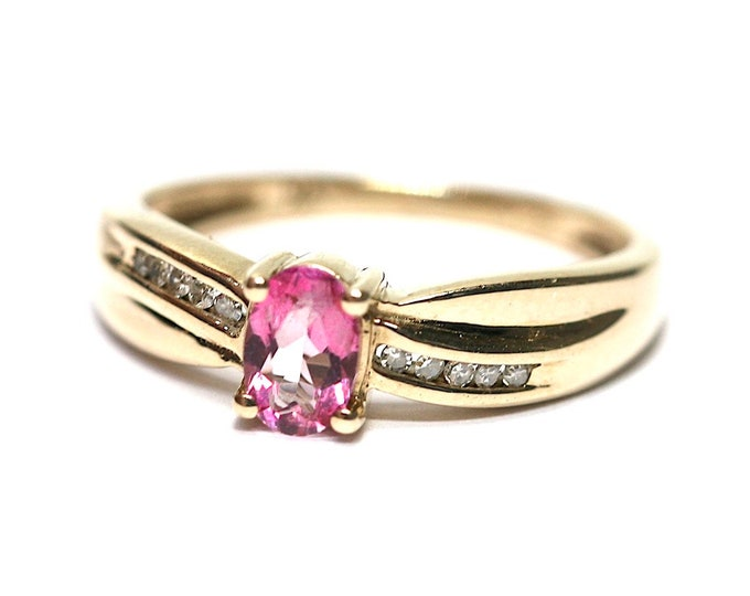 Stunning sparkling vintage 9ct yellow gold Pink Sapphire and Diamond ring - fully hallmarked - size O or US 7
